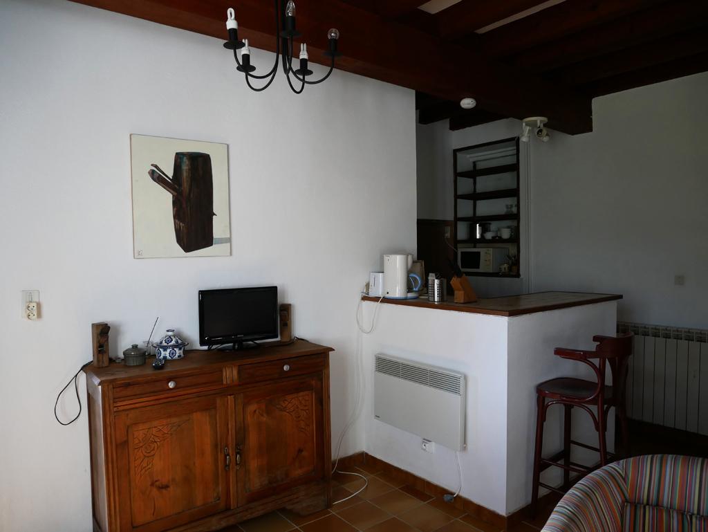 la varlope g tes la tour. Black Bedroom Furniture Sets. Home Design Ideas